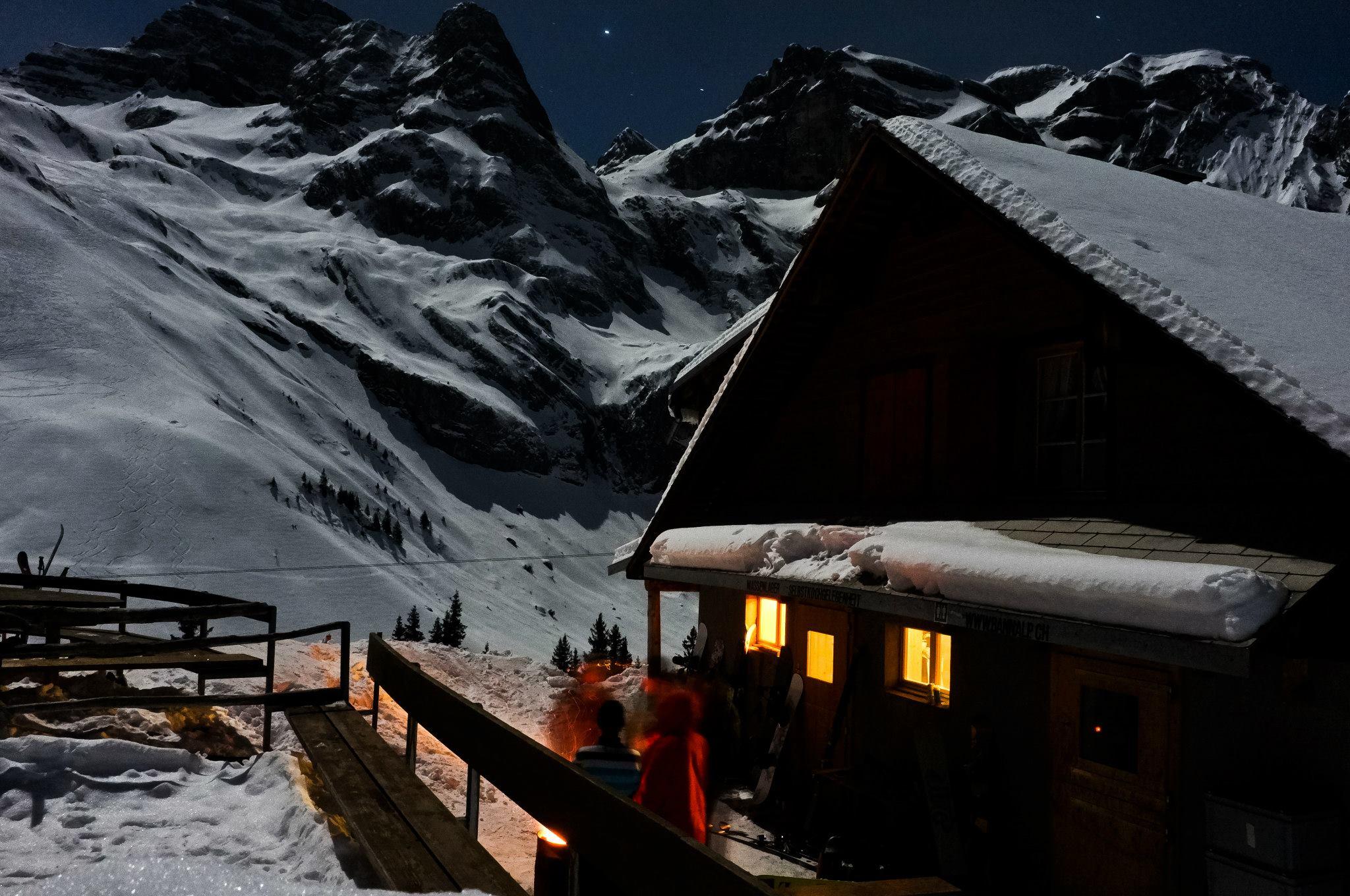 Nachaufnahme Lagerhaus Chrüzhütte Winter