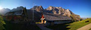 Alpwirtschaft Chrüzhütte im Herbst