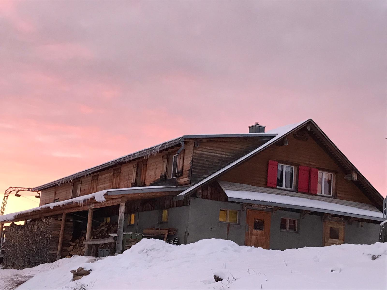 Unterkunft Chrüzhütte Winter